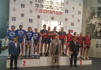 Впервые команда Дона по гиревому спорту в толчке по длинному циклу стала чемпионом России